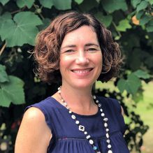 Natalie Isbister Psychologist & Psychotherapist